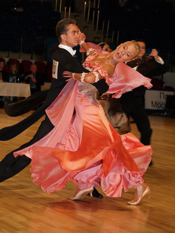 танцевать бальные танцы?